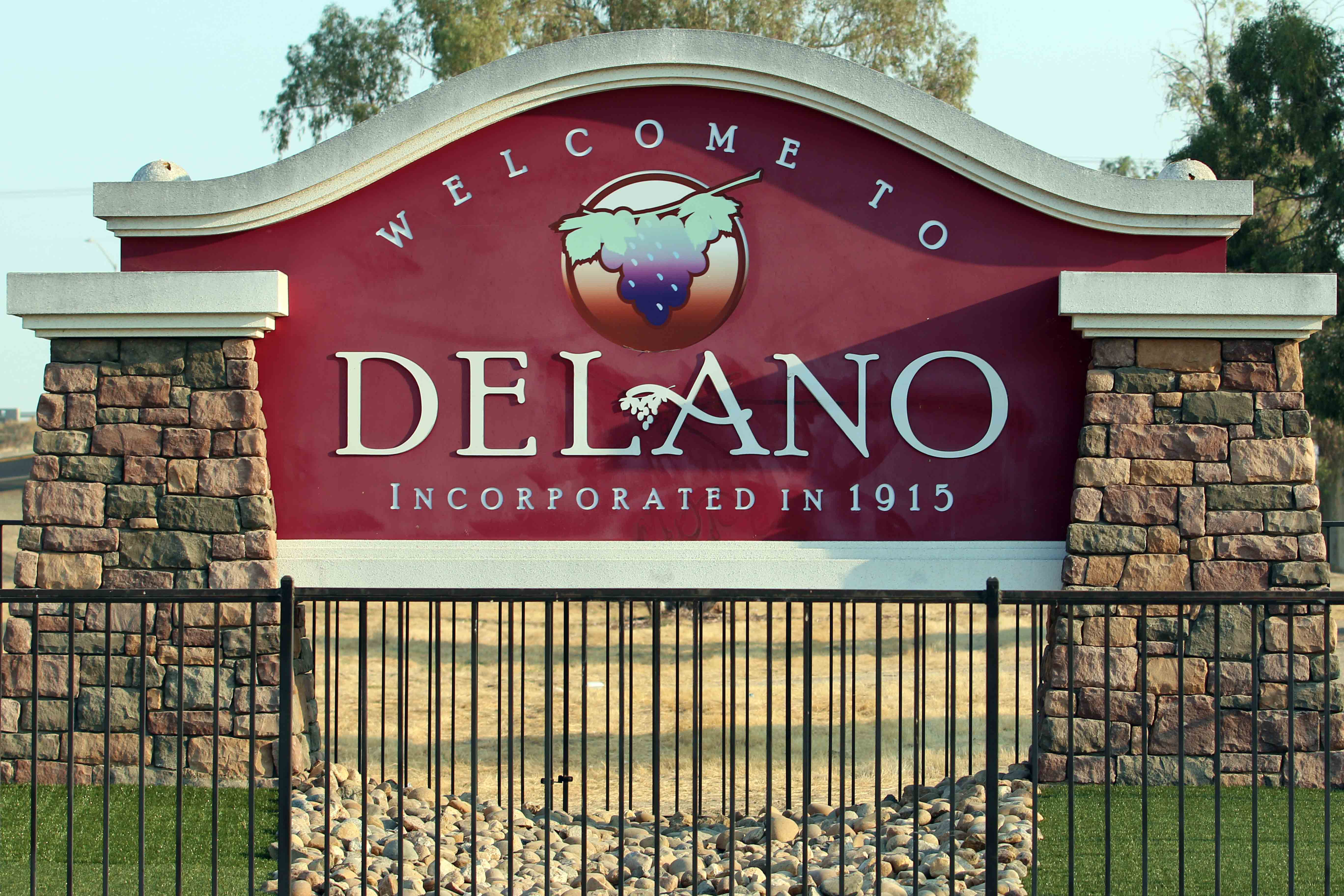 delano joint union high school district homepage